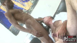 Chase Coxxx sucked off by a daddy