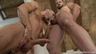two 9-inch hunks blow each other