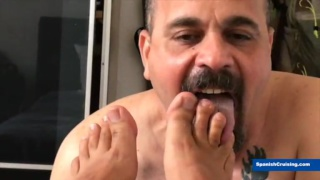 spanish daddy sucks man's toes and dick