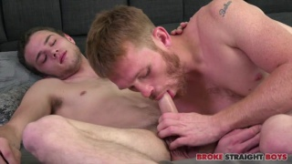 hung ginger pounds bottom with his 10 inches