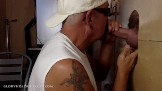 married construction worker gets blown at glory hole
