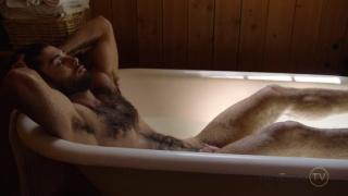 diego sans jacks off in the bathtub
