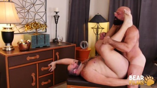 muscle man drops his jeans & bear swallows daddy cock