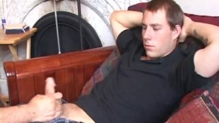 guy gets his cock tugged & he's cocky about it