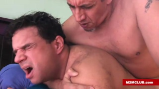 spanish man loves a cock that makes you see stars