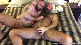 sexy hairy man who knows how to fuck