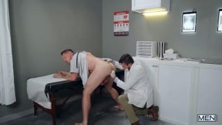 guy explains to doctor how his cellphone got stuck up his ass