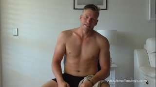 Blond Aussie Muscle Hunk with Powerful Body