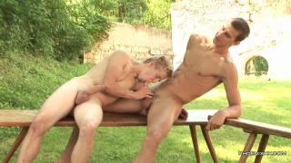 Hung Twink justin conway gets Fucked Outside by benjamin dunn