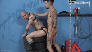 Japaneese cock-sucking slut gets his hole stuffed