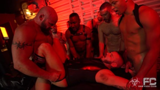 sean harding gets fully loaded by 8 studs