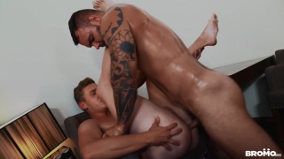 big muscular daddy watches guy's webcam show Then fucks him