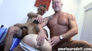 Sexy UK Daddies Play with Slim Aussie Man