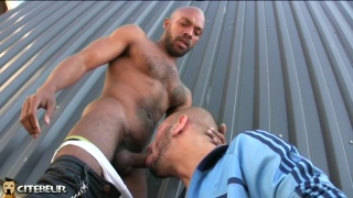 black hunk feeds an arab cocksucker