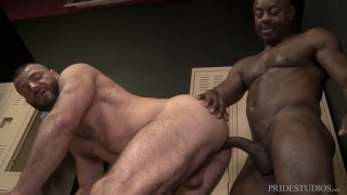 interracial sex with hung gym trainer fucks his client