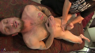 bearded straight guy gets his 7.5 inches stroked off