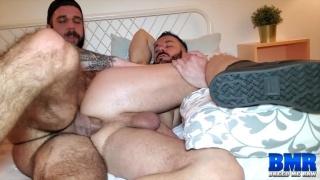 Bottom Has No Problem Taking Man's Super Fat Dick