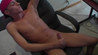 Porn addict jerks off