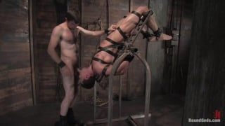 Bondage with muscular guys