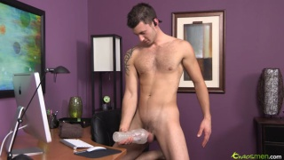 Straight Guy and his Fleshlight