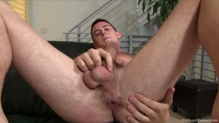 19-Year-Old Tall Guy Beating Off