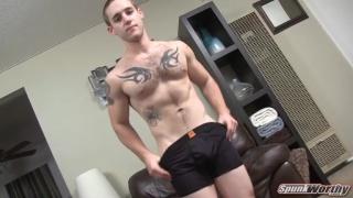 Hairy Tatted Guy Gets Handjob