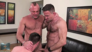 Dirty Men in Bareback Threeway