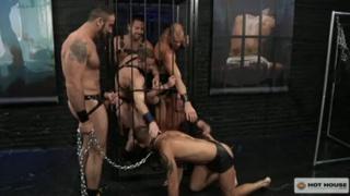 Cocksucker Servicing Lots of Dick