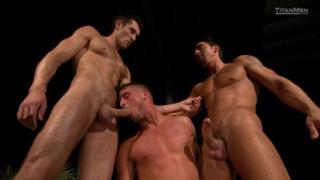 Hot Threeway Sex
