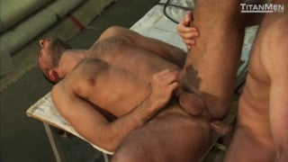 Hunks Fucking in the Garage