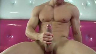 Ricky shows his cock on cam