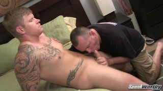 Meaty Tattooed Hunk Gets Blown