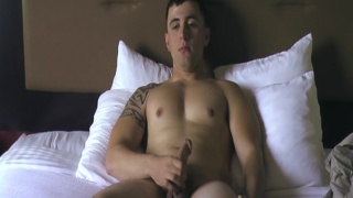 Beefy Soldier Jacking his Dick