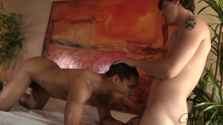 2 Dudes Blow Each Other and Eat Cum