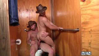 Cowboys Fucking - Johnny Rapid & Chris Bines