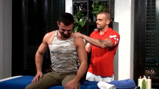 Damien Crosse Plays with Jessy Ares
