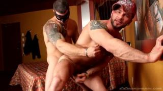 manuel deboxer takes masked man's cock