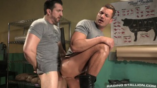 beefy hunk gets fucked after shift