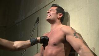 beefy bodybuilder beaten in the pit