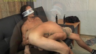 Str8 Guy with Blindfold Gets Head