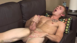 hung southern guy does first JO video