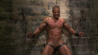 muscle hunk robert axel in the dungeon