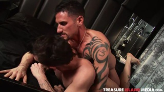 inked top erik grant breeds lukas cipriani's hole