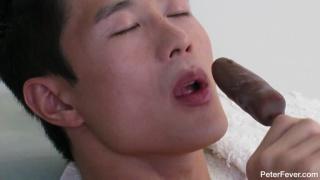 Asian Hunk Peter Lee Sucking Frozen Banana
