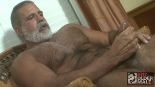 hairy daddy with grey beard