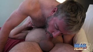 Scott Spears barebacks Dan Lair at hairy and raw