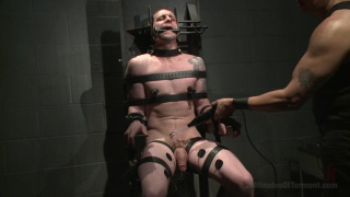 mega-hung sub in the dungeon