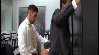Leo Domenico fucks Toby Dutch in office reception