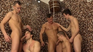 5-guys in shower blowjobs in Wank Party 2015
