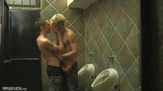 blond guy raw fucks dude in toilet